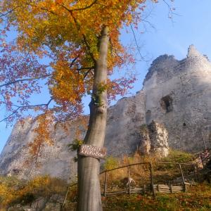 Vandrovka s deťmi - objavovanie skutočných pokladov hradu Blatnica