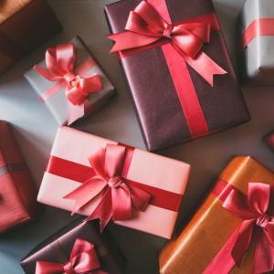 Praktický návod, ako vybrať ten najlepší darček na akúkoľvek príležitosť - pre mužov aj pre ženy
