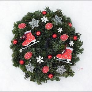 Vianočné ozdoby z orechových škrupín? Skúste to!