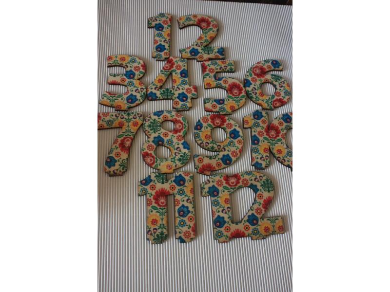 Čísla na svadobný stôl - folk