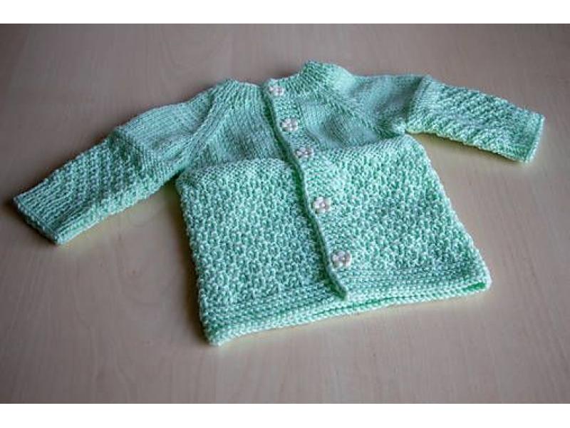 e9ecf9141 Pletený svetrík pre bábätko | Čo dokáže mama