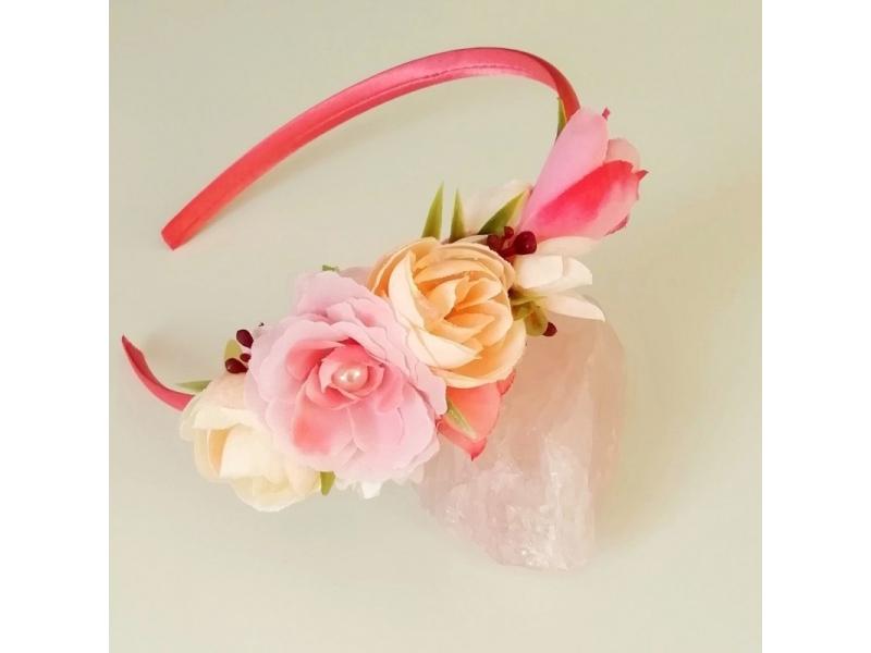 Kvetinová čelenka pre dievčatko
