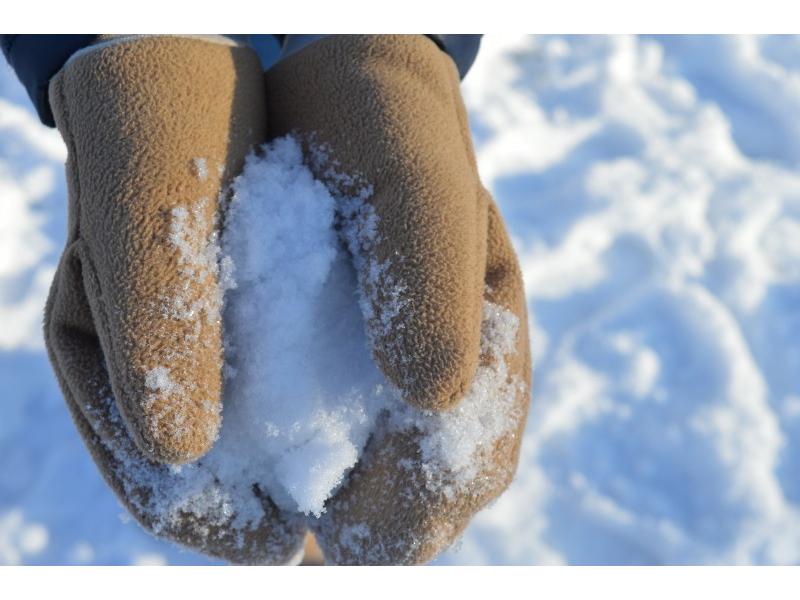 Dámske zimné rukavice palčiaky béžovej farby