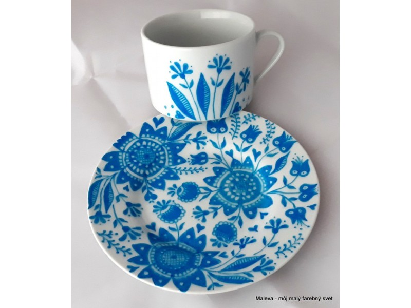 porcelánová šálka Kvetinový ornament (tyrkysový)