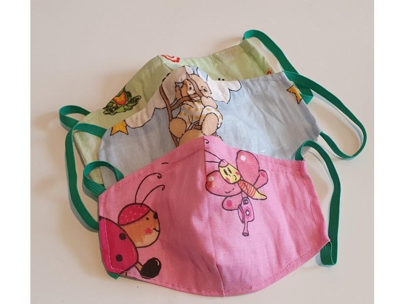 Rúško pre deti s plieškom a vreckom