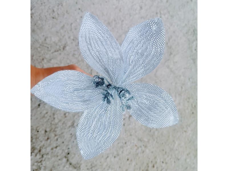 Strieborné kvety