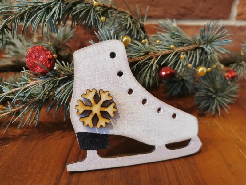 Vianočná korčuľa - ozdoba na stromček