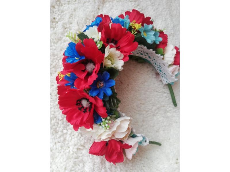 Kvetinová čelenka folklór