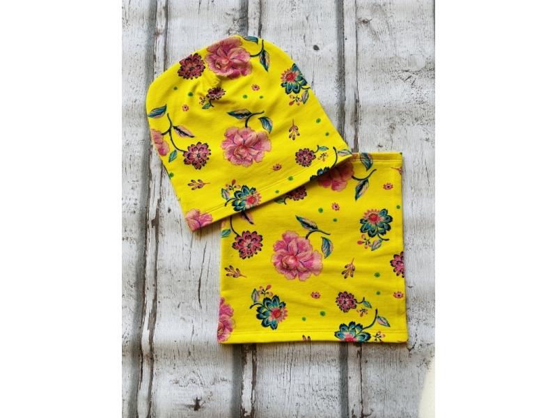 Set čiapka a nákrčník  Žlté kvety
