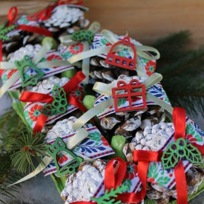 folkové šišky, vianočné ozdoby