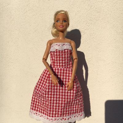 Šaty barbie červene karo