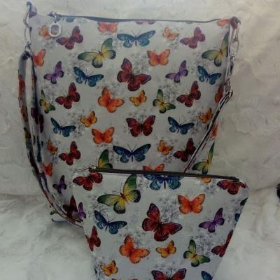 Set dámska kabelka a kozmetická kapsa