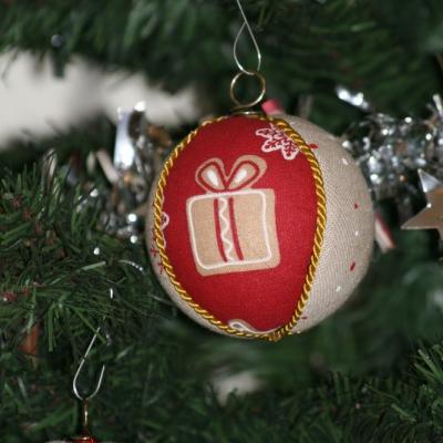 Vianočné gule  - darček