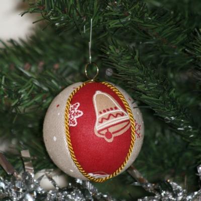 Vianočné gule  - peník/červené