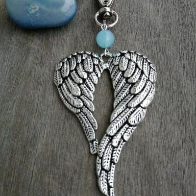 Prívesok Veľké anjelské krídla v tvare srdca