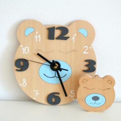 Funkčné dizajnové hodiny – tichý strojček