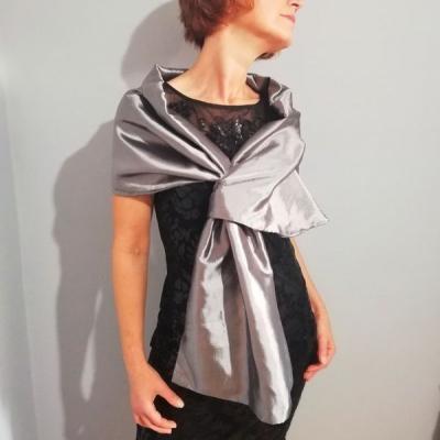 štóla k spoločenským šatám