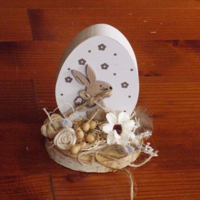 Veľkonočné drevené vajíčko so zajačikom