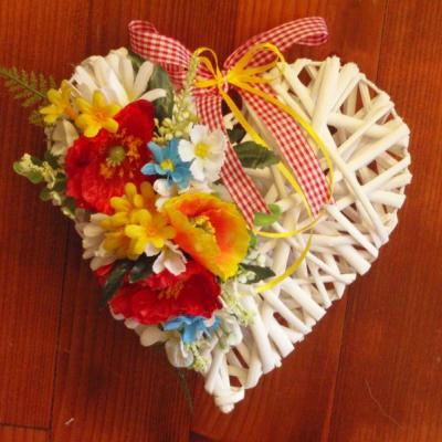 Srdce z lúčnych kvetov 25cm