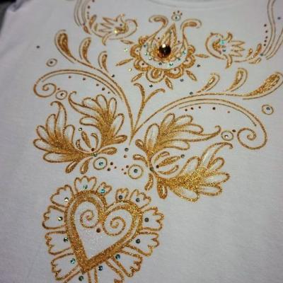 folk tričko zlaté