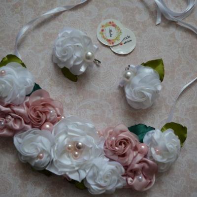 Kvietkový náhrdelník s náušnicami