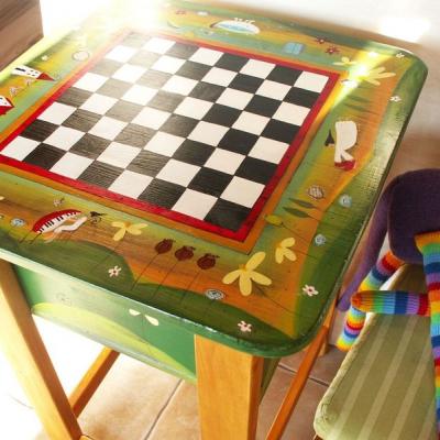 Šachový a hrací stôl