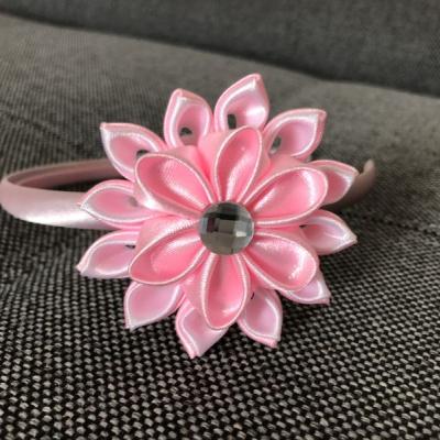 Čelenka ružový kvet
