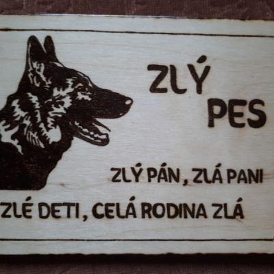 Tabuľka pozor pes VII.