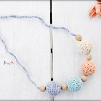 Hmla - háčkovaný náhrdelník