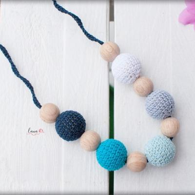 More - háčkovaný náhrdelník