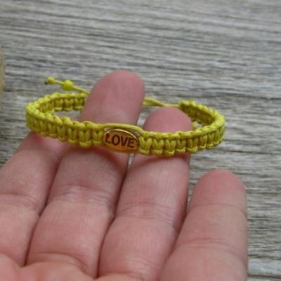 Pletený náramok detský (žltý LOVE,č. 2718)