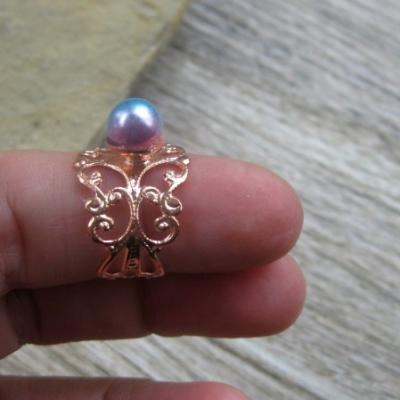 Filigránový prsteň s perlou (farba kovu ružová, dúhová perla, č. 2746)