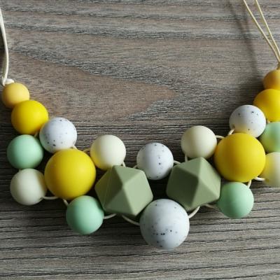 Dojčenský náhrdelník (kojonáhrdelník)