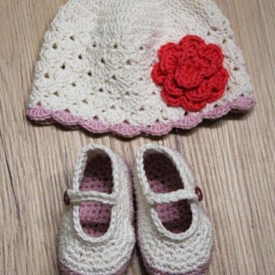 Bavlnený set - topánočky a čiapka