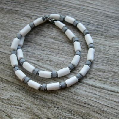 Pánsky náhrdelník okolo krku - chirurgická oceľ (bielo sivý, č. 2804)