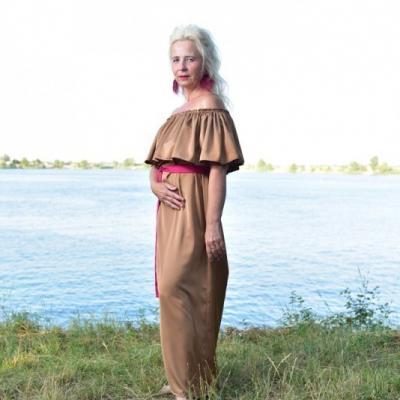 Hojnosť - Volánové šaty