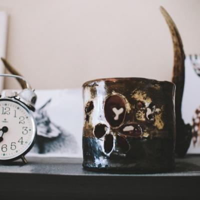 keramický svietnik