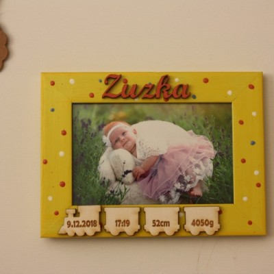 Fotorámik s údajmi o narodení