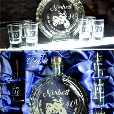 Sada-fľaše a štamprlíkov k výročiu