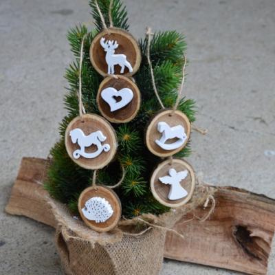 Vianočné drevené ozdoby - biele sada 6ks
