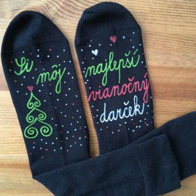 Maľované čierne vianočné ponožky s nápisom: