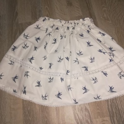 Dievčenská sukňa