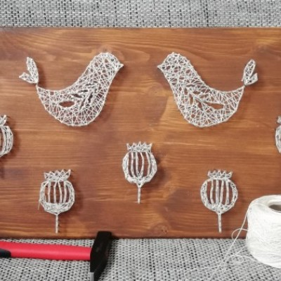 Makovičky (string art)