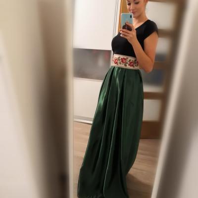 Sukňa z dielne Vejver rose