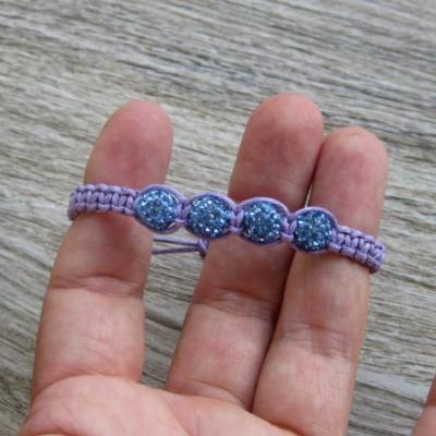 Pletený náramok detský (fialový so shamballa korálkami, č. 2869)