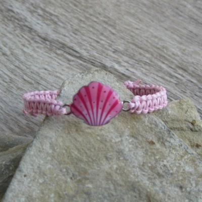Pletený náramok detský (svetlo ružový s mušľou, č. 2920)