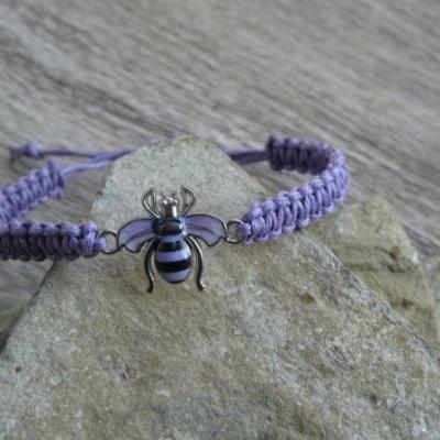 Pletený náramok detský (fialový s včeličkou, č. 2924)