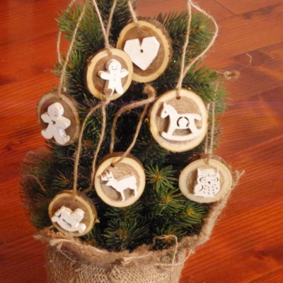 Vianočné drevené ozdoby - biele sada 7ks