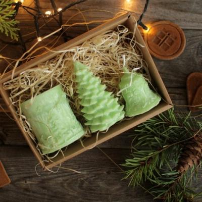Sada vianočných sviec * s jemnou vôňou *  V DARČEKOVOM BALENÍ