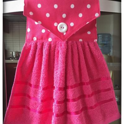 Kuchynský uterák ružový - bodky